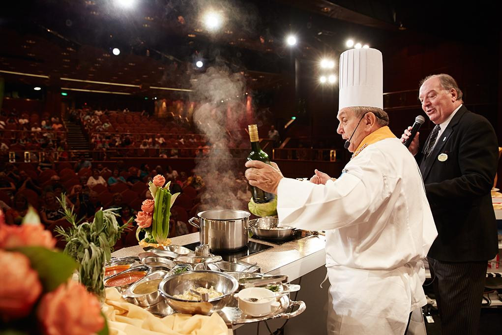 Show-cooking Caribbean Princess