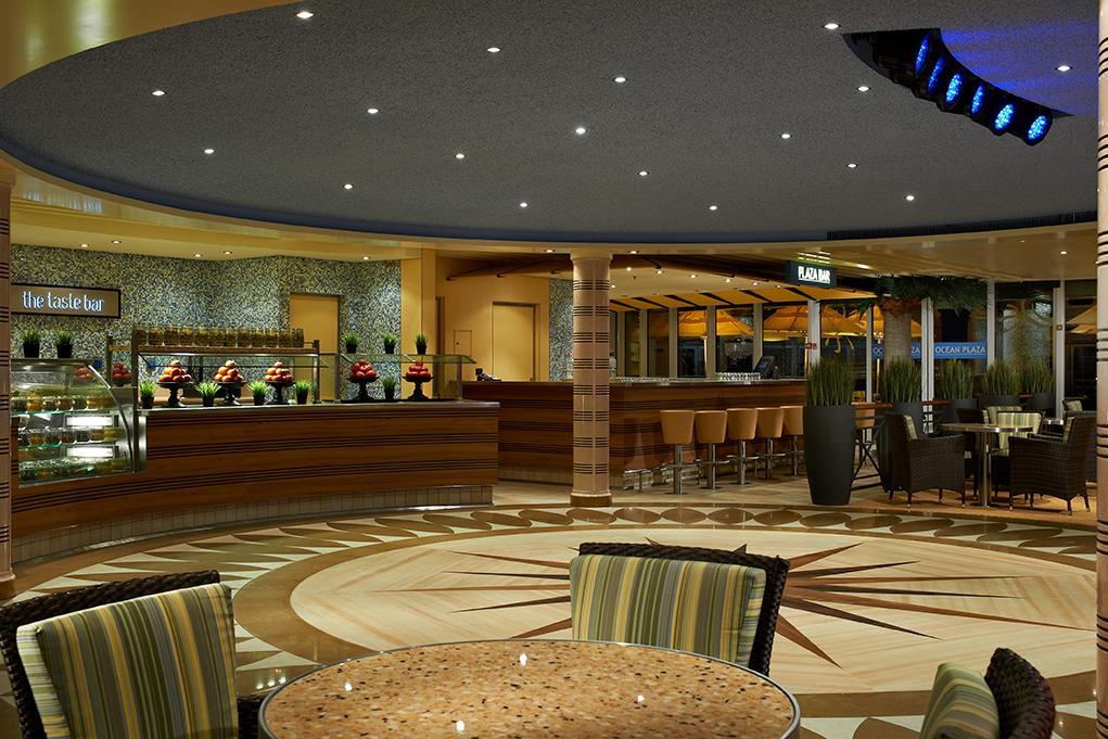 Bar Ocean Plaza