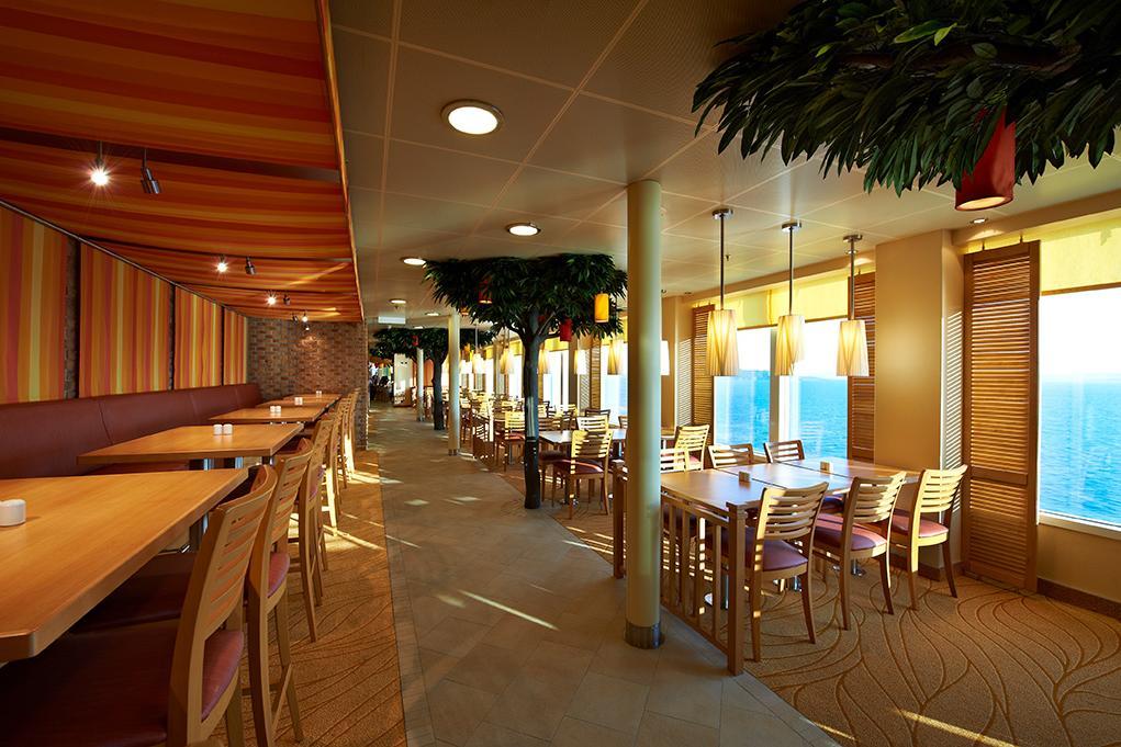 Restaurante-Lido Carnival Breeze