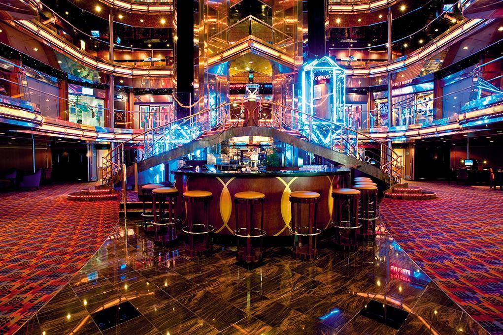 Bar-Atrium