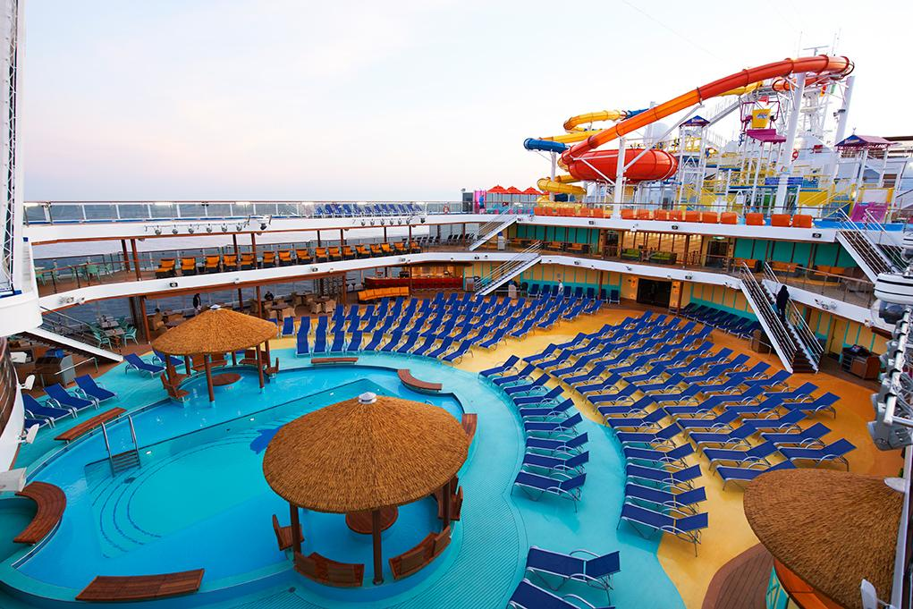 Camarote 2 Piscinas y 10 jacuzzis - Carnival Magic