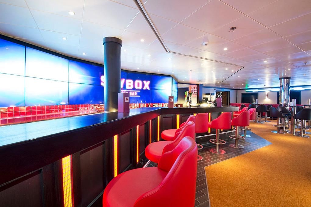 Camarote Skybox Sports Bar - Carnival Miracle