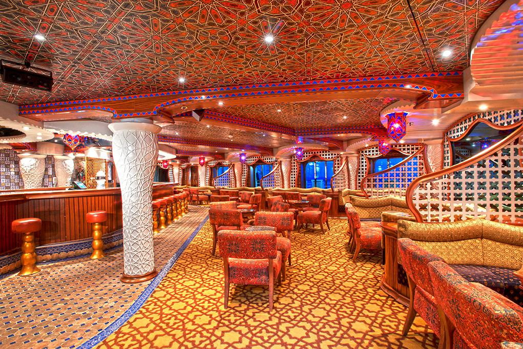 Piano-Bar Carnival Miracle
