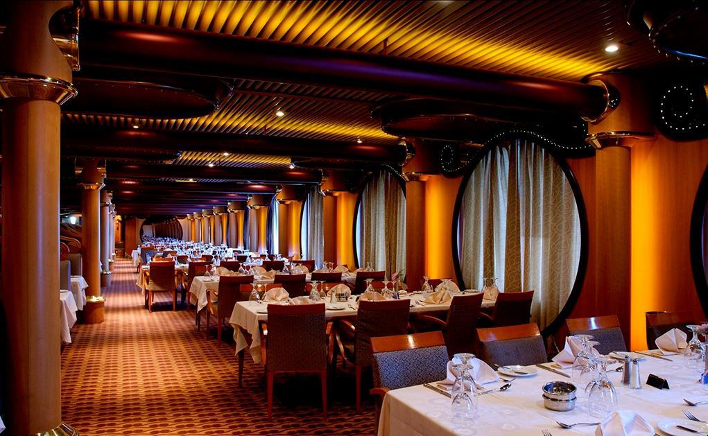 Restaurante-principal-Elation Carnival Paradise