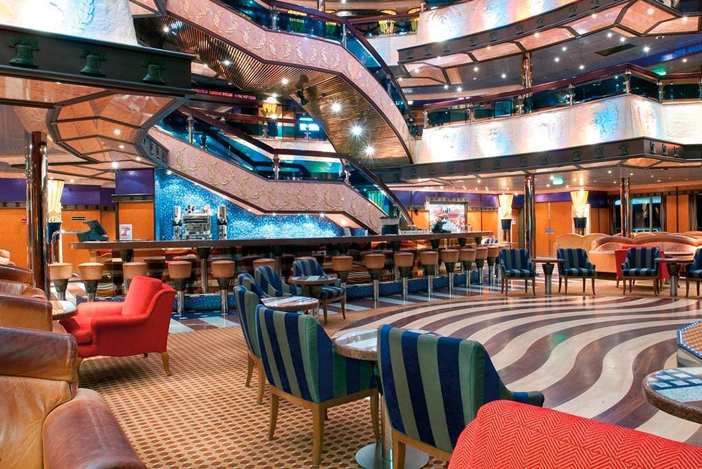 Bar-American-Lobby Carnival Valor
