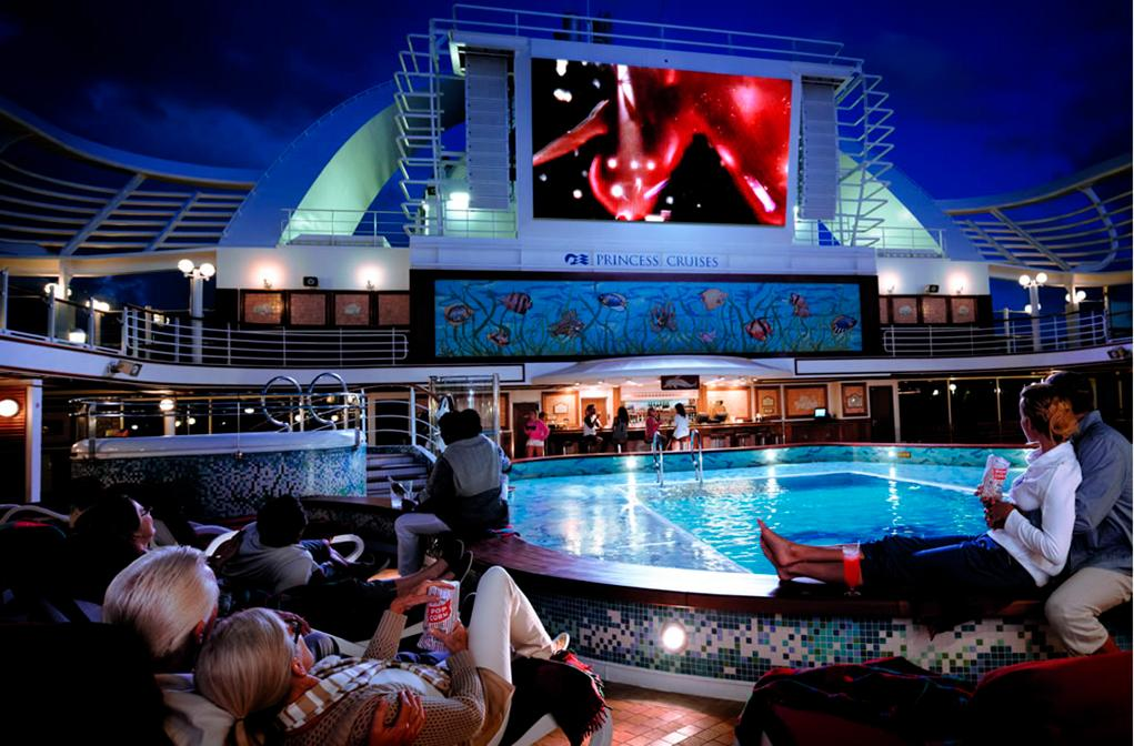 Camarote Movies Under de Stars - Coral Princess
