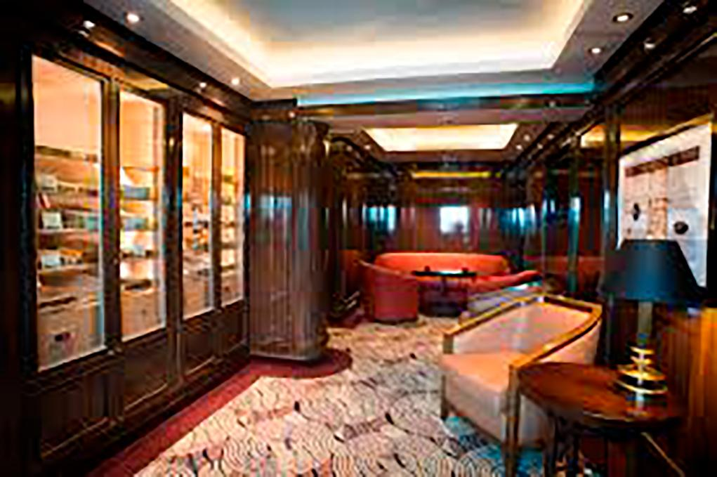 Cigar-Lounge Crown Princess