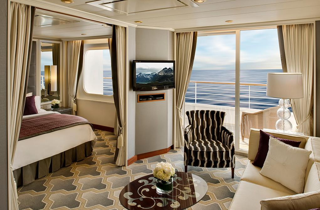 Penthouse Suite Crystal Serenity