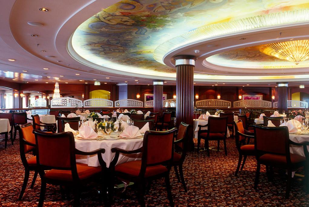 Camarote Crystal Dining Room - Crystal Serenity