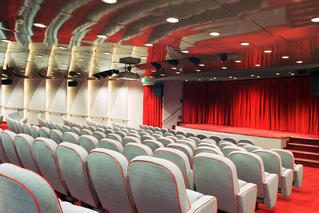 Teatro Crystal Serenity