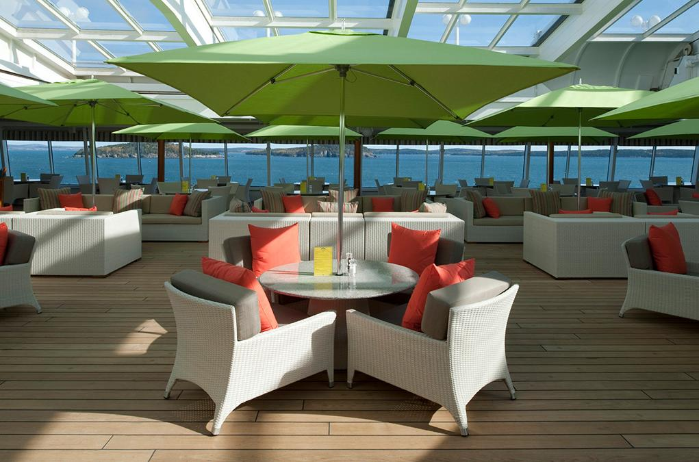 Camarote Trident Grill & Ice Cream Bar - Crystal Symphony