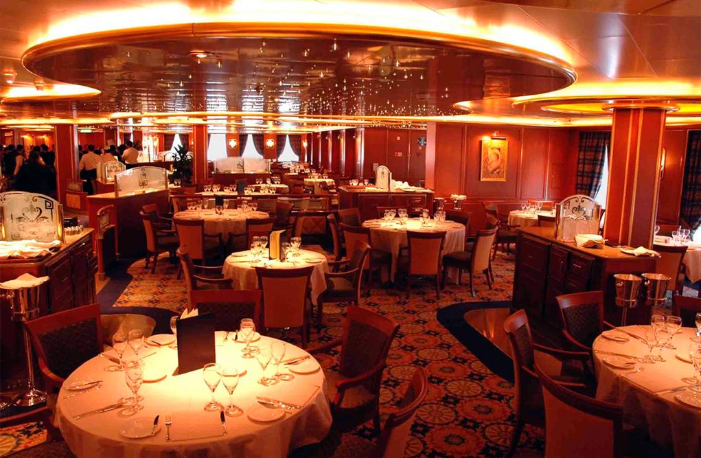 Restaurante-International Diamond Princess