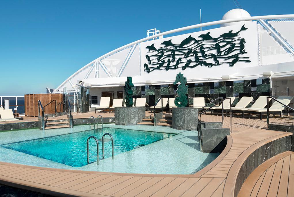 Piscina Yacht Club MSC Seaside
