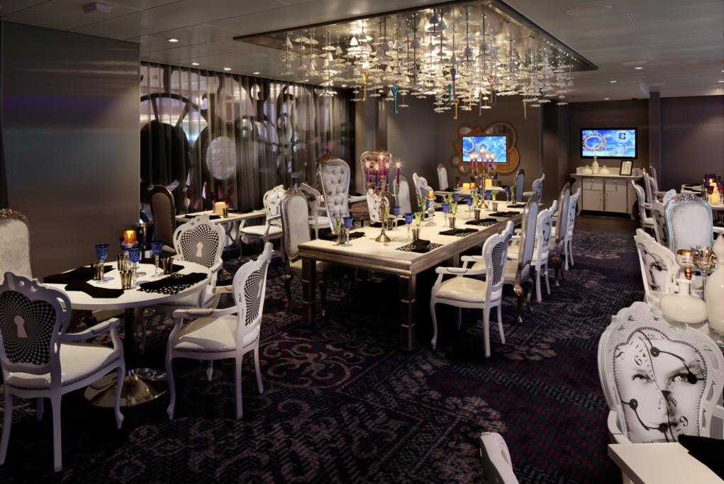 Restaurante Wonderland Quantum of the Seas