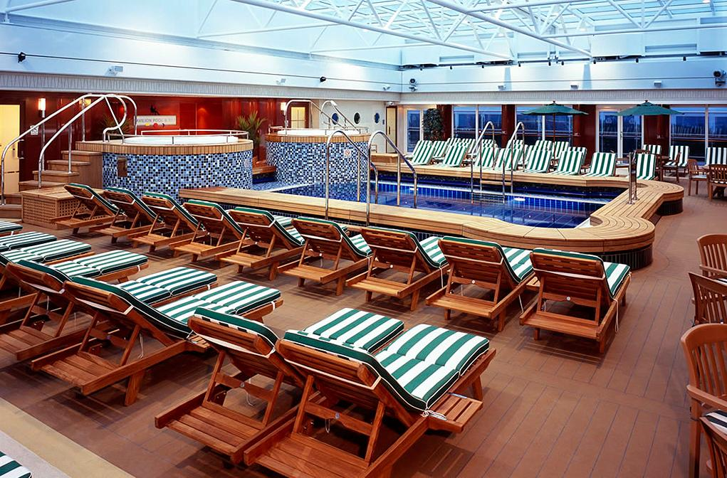 Piscina-Pavilion Queen Mary 2