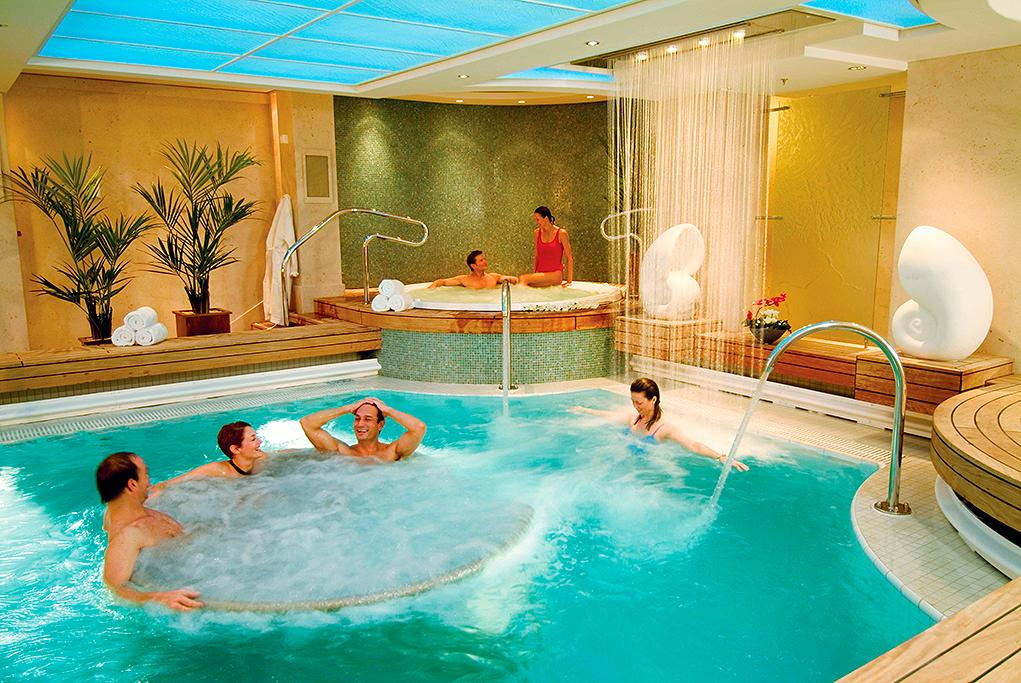 Spa Queen Mary 2