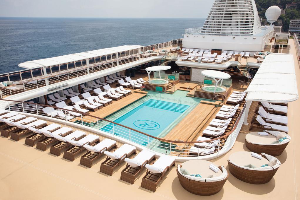 Piscina Seven Seas Splendor