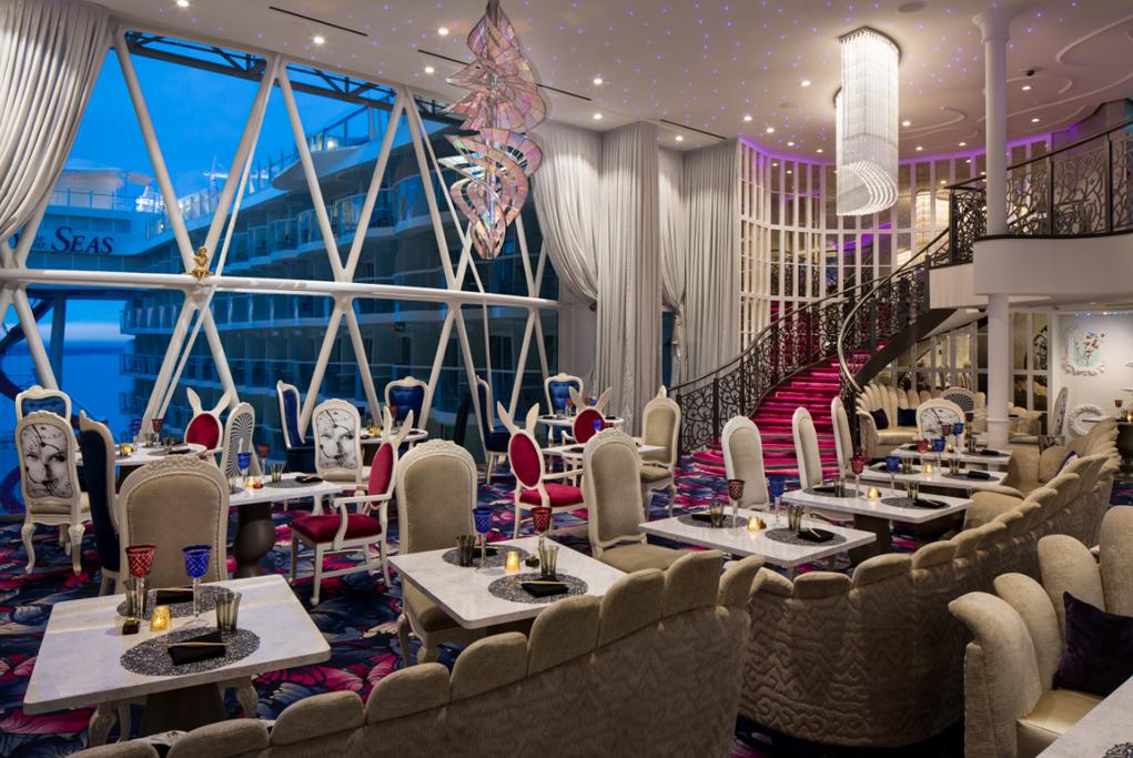 Restaurante Wonderland Symphony of the seas