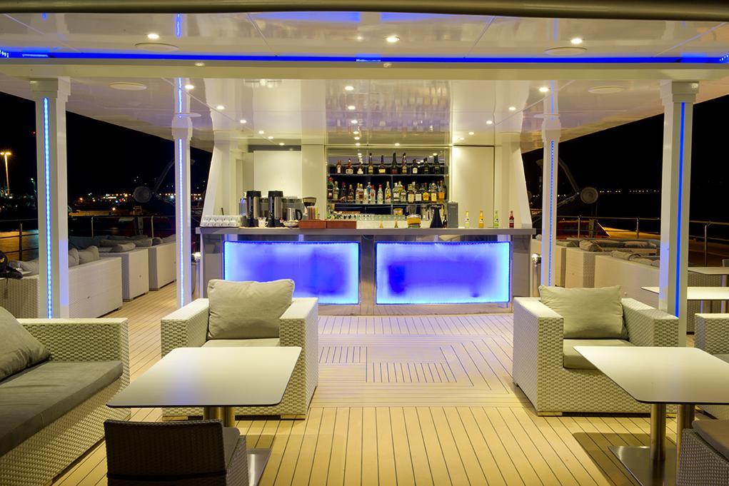 Camarote Bar Oceans - Variety Voyager