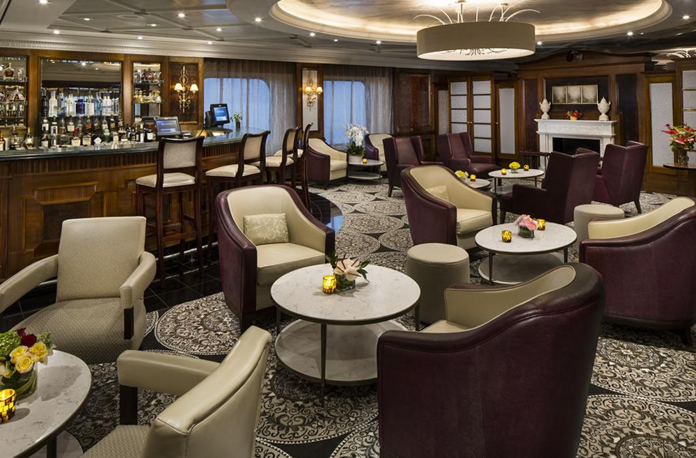 Discovery Bar Azamara Pursuit