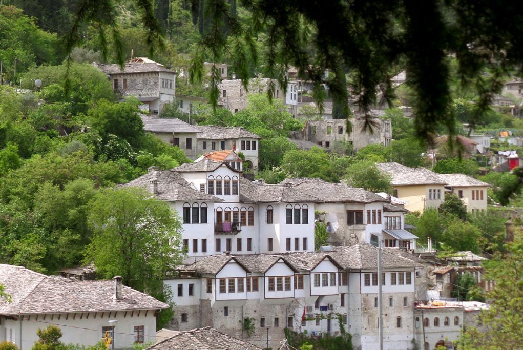 Gjirokastra - Saranda