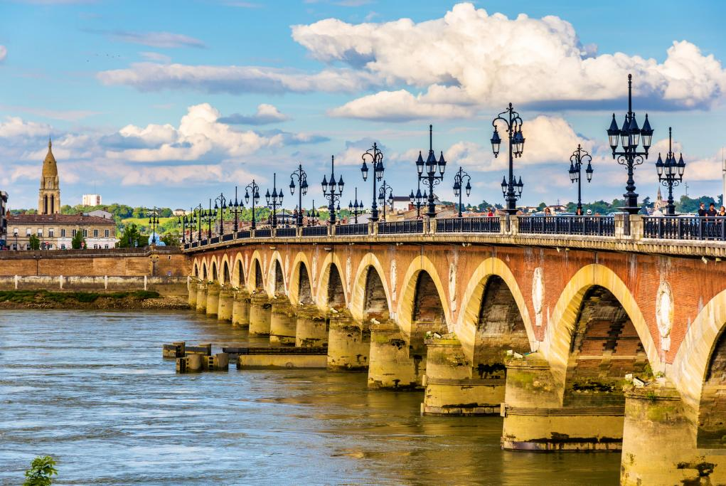 Puente de Piedra - Burdeos